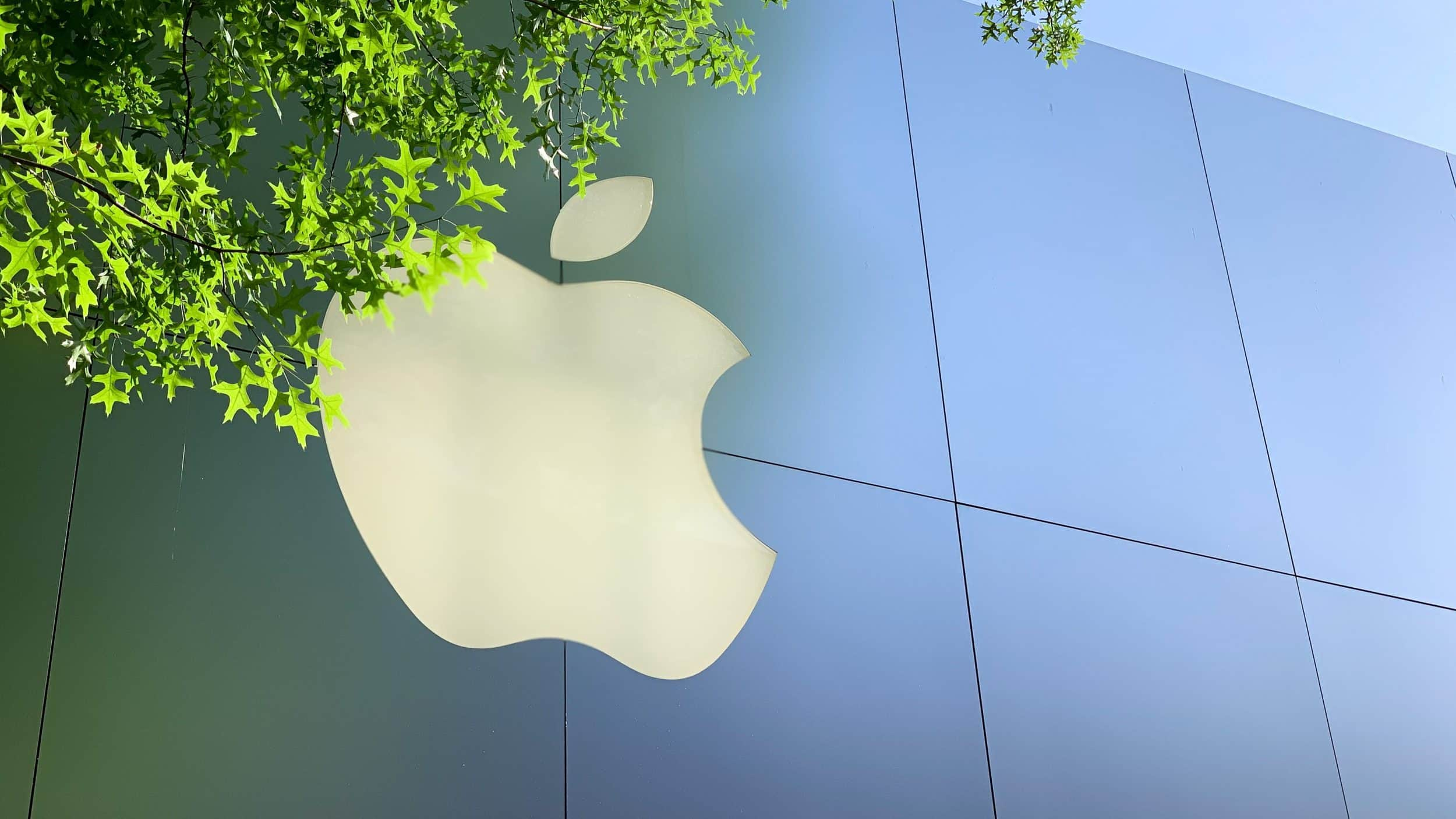 Apple plans to reopen retail stores next month