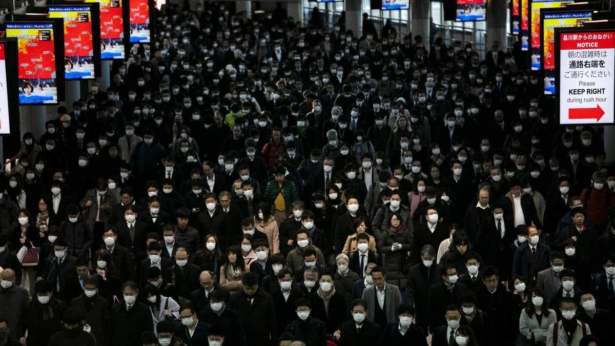 Apple to donate nine million N95 masks, says Mike Pence 1