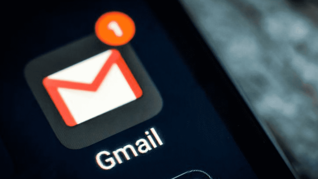 Gmail is now available in dark mode on all iOS devices
