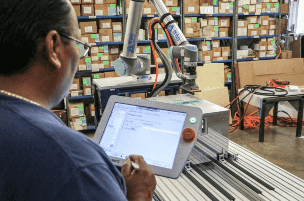What Applications Do Packaging Robots Perform in Food Packaging?