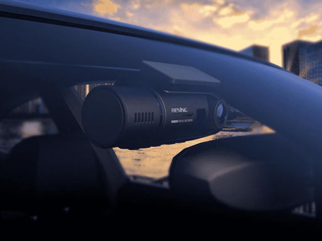 Rexing V3 Dual Full HD WiFi Dash Cam inside a car