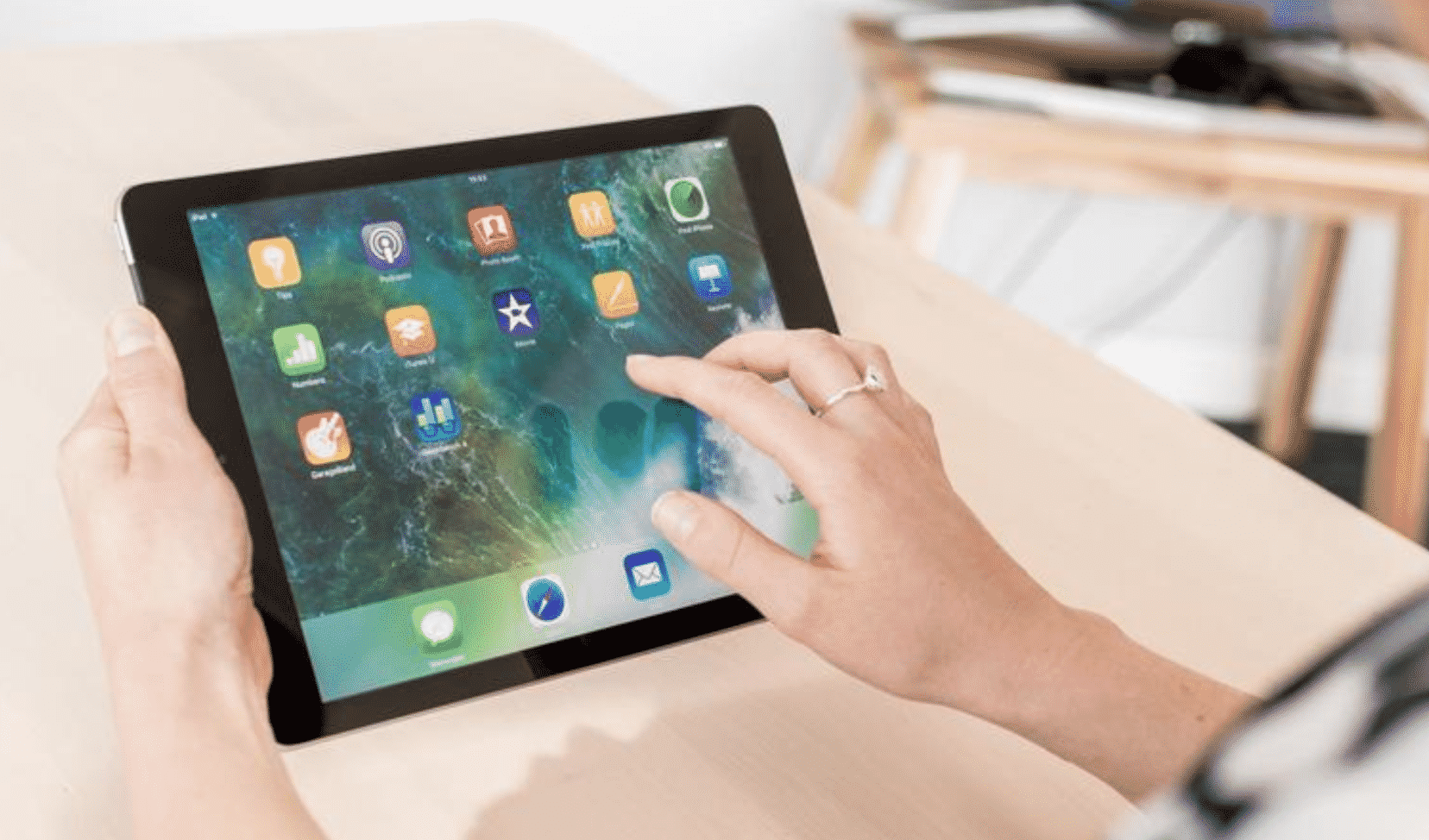 How to connect iPad to the internet without Wi-Fi