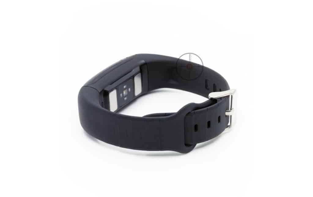Smart Fit Band Smartwatch has a wristband that vibrates on alerts