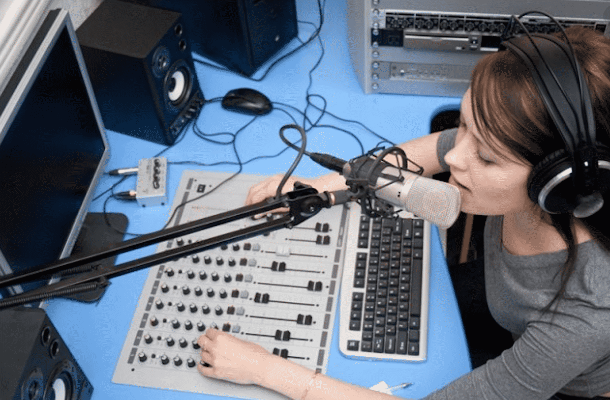 Tips For Recording High-Quality Video Voice Overs