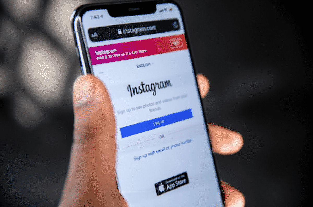 Use Instagram Fonts To Make Your Social Profiles