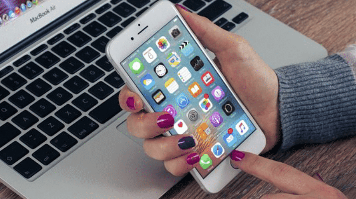 3 Popular Streaming Apps for iOS Users