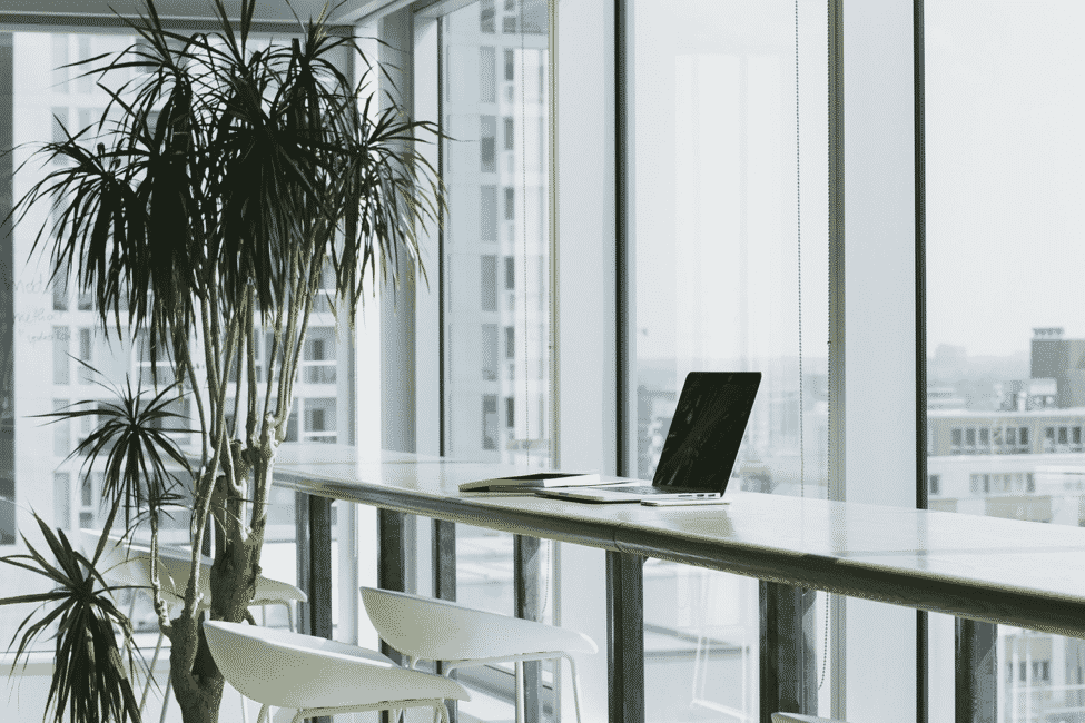 A Look At The Best Working Desks For Techies