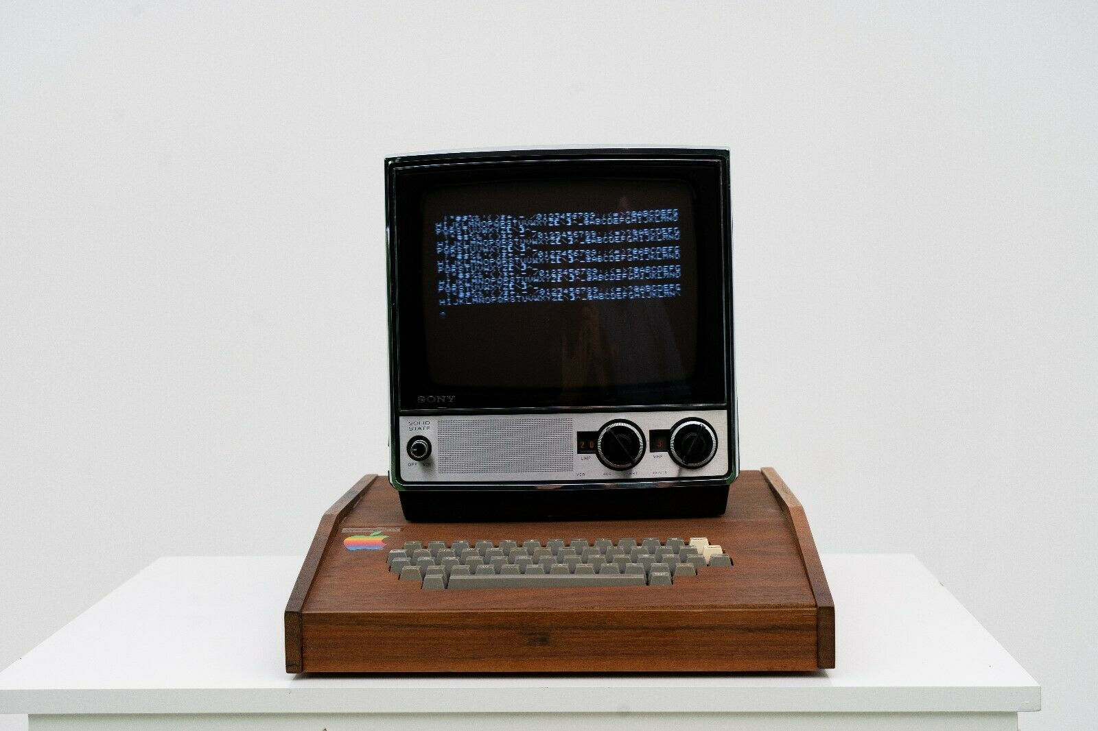 Apple-1 eBay listing