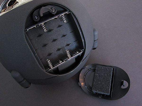 Review: Vestalife Ladybug II Speaker Dock for iPod + iPhone