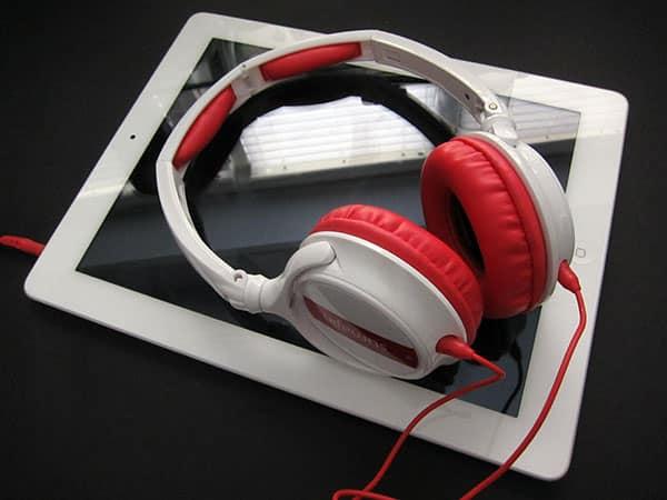 First Look: Sumajin Turbo Stereo Headphones