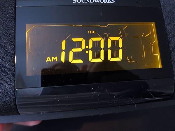 Review: Cambridge Soundworks i525 Dual Alarm Clock Radio