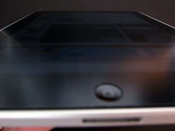 First Look: Capdase Privacy Guard Roamer for iPad