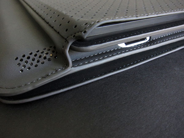 Review: Belkin Keyboard Folio for iPad 2