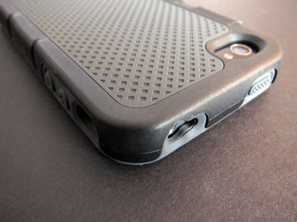 First Look: Incipio Destroyer Ultra for iPhone 4