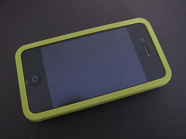 First Look: XtremeMac Hybrid + Leather Cases for iPhone 4