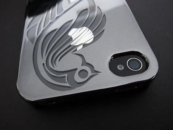 First Look: LuxMobile Protekto Reflekt for iPhone 4