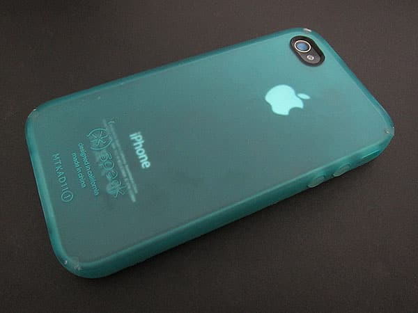 First Look: Speck CandyShell Card + SeeThru Satin for iPhone 4