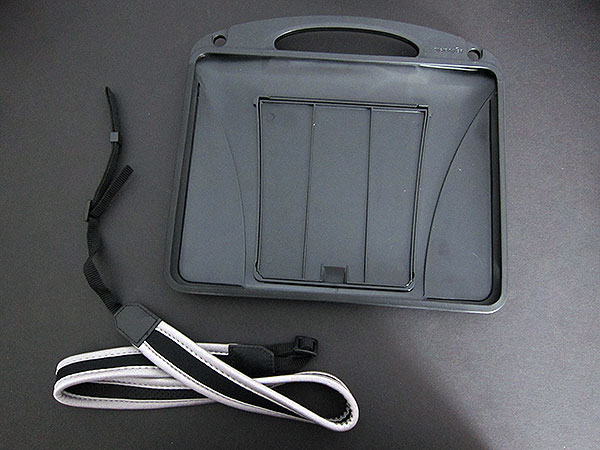 First Look: DigiPower Coffee Clutch Carrying Case + Portable Stand for iPad
