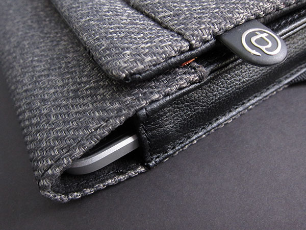First Look: Booq Boa Push for iPad