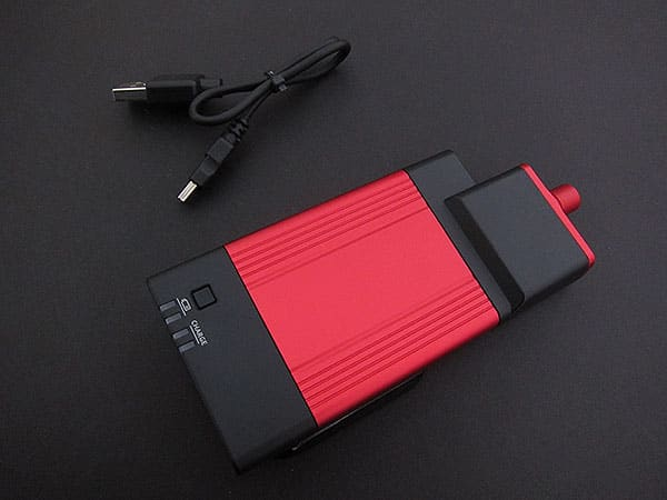 Preview: VentureCraft Go-DAP Battery + Headphone Amp Jacket for iPhone 3GS/3G