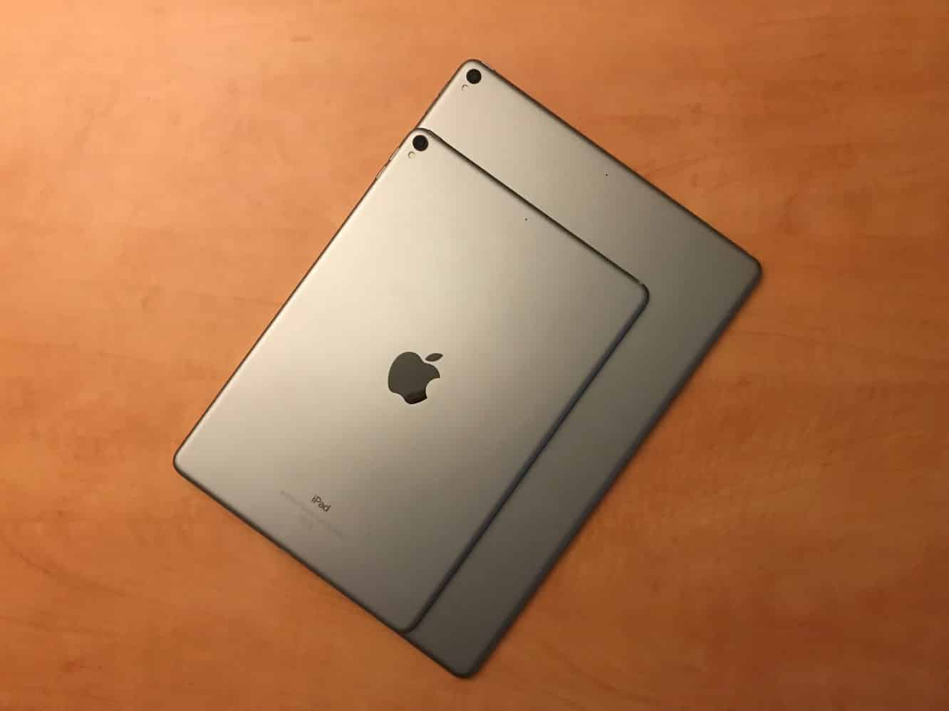 Review: Apple 12.9-inch iPad Pro (Second Generation), 10.5-inch iPad Pro