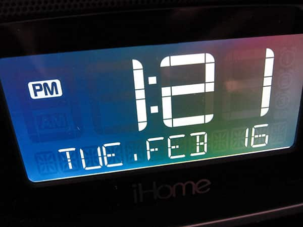 Review: iHome iP90 Dual-Alarm Clock Radio for iPod + iPhone