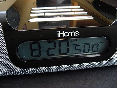 Review: iHome iH8 Dual-Alarm Clock Radio for Your iPod