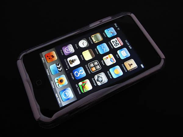 First Look: SwitchEasy NeoTouch for iPod touch 2G
