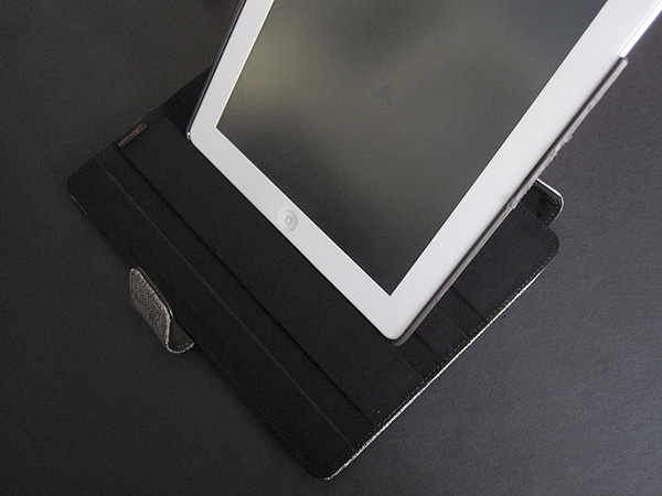 Review: JAVOedge Tweed Axis Case for iPad 2