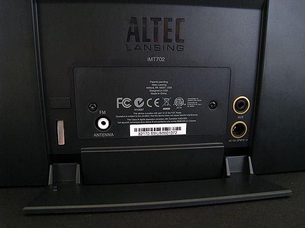 Review: Altec Lansing inMotion MAX Premium Portable Stereo for iPhone and iPod (iMT702)