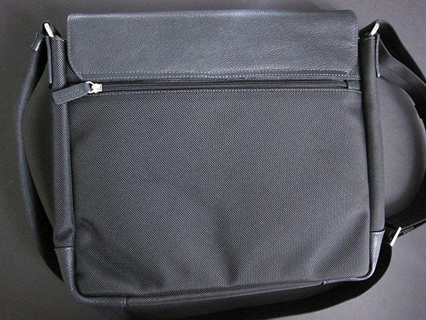 First Look: Padster Original Bag for iPad