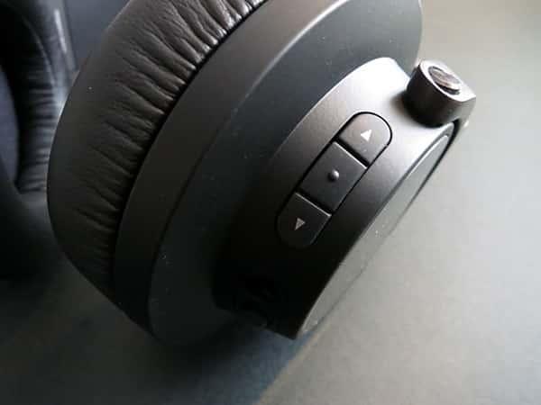 Review: AKG K845BT Over-Ear Bluetooth Headset