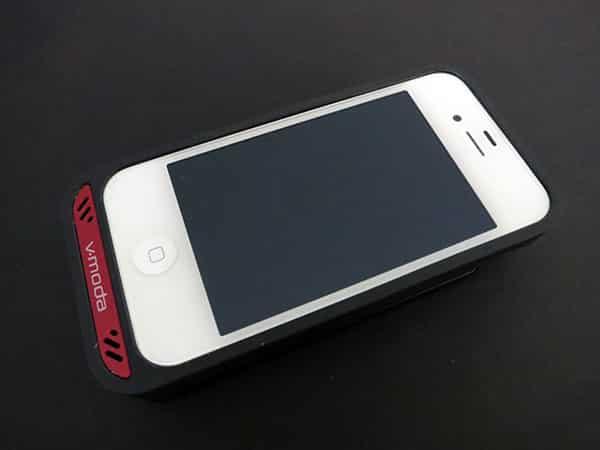 First Look: V-Moda Vamp Headphone Amp + Battery Pack for iPhone 4/4S