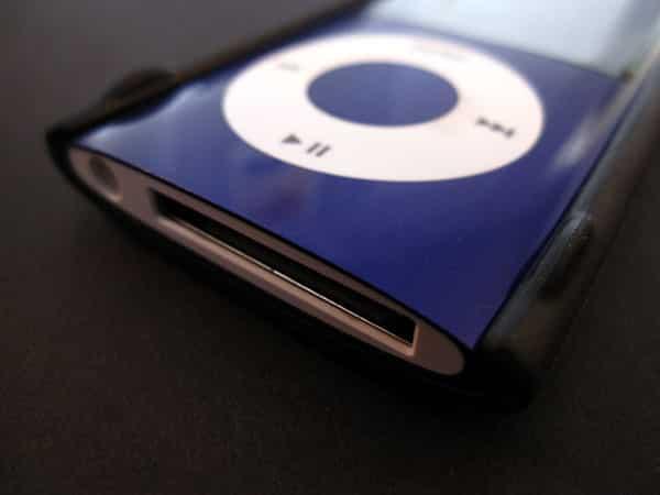First Look: Scosche KickBack n5 for iPod nano 5G