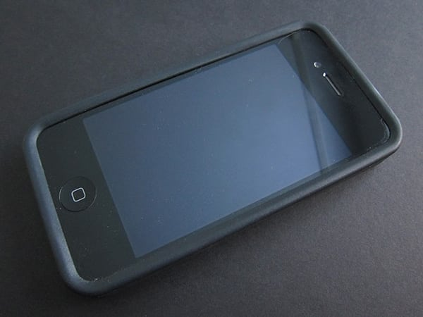 First Look: Incipio NGP Matte for iPhone 4