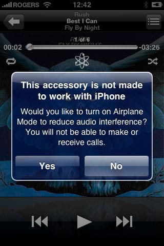 iPhone 3GS and charging accessories