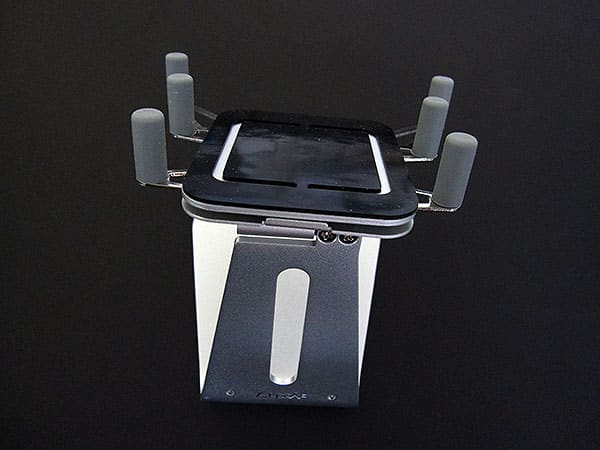 Review: Luxa2 H1-Touch Mobile Holder for iPhone and iPod touch