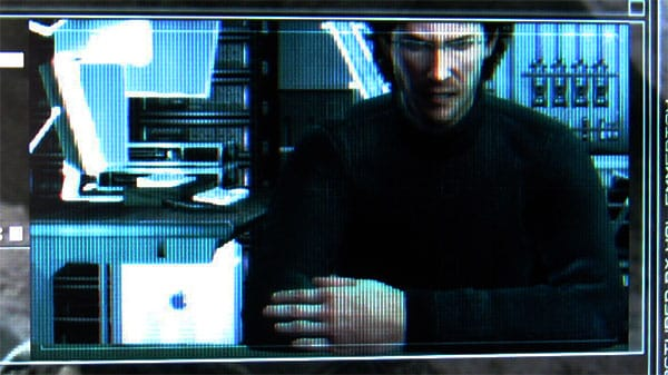How the iPod + Macs Appear in Metal Gear Solid 4