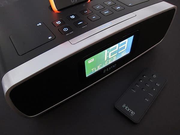 Review: iHome iP90 Dual-Alarm Clock Radio for iPod + iPhone