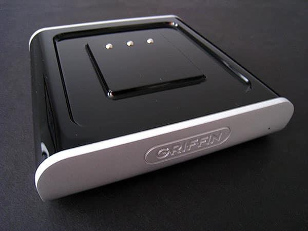 Review: Griffin Evolve Add-On Set, Cube Speaker + Speaker Charging Base