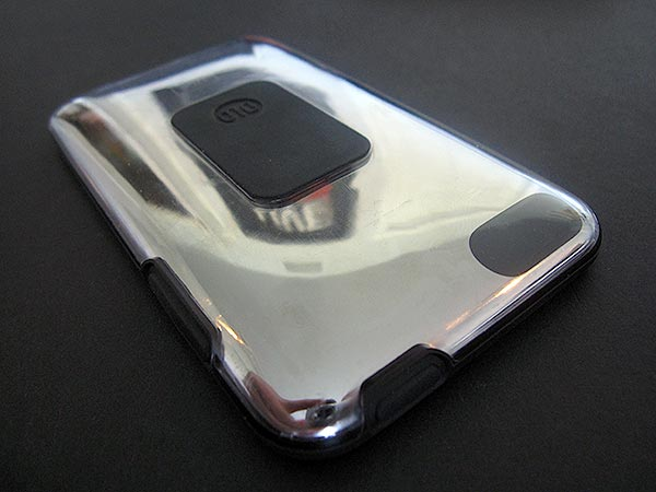 First Look: DLO HybridShell for iPod touch 2G