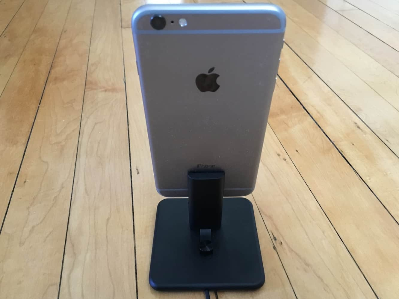 Review: Twelve South HiRise 2 for iPhone + iPad