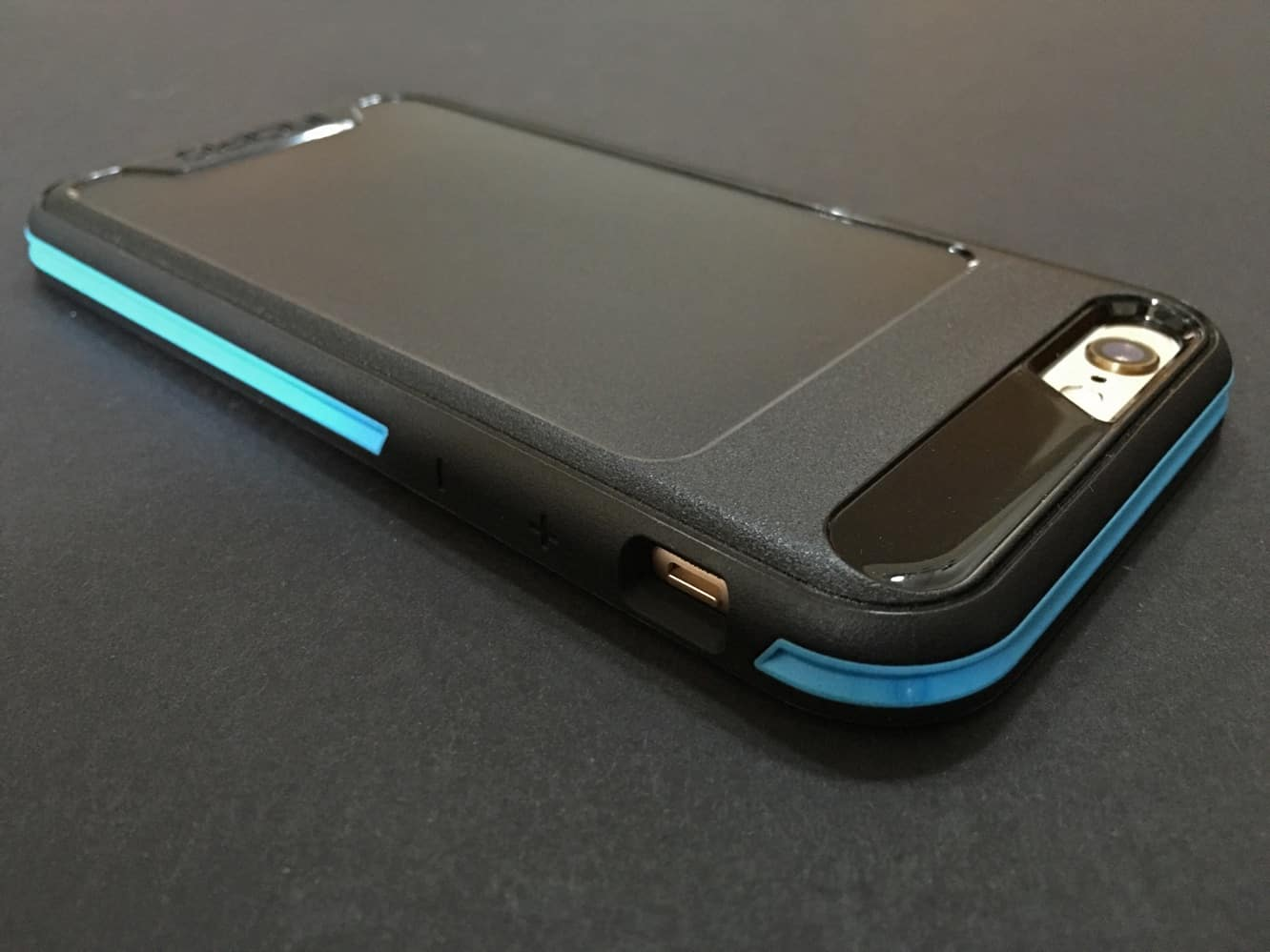 Review: Incipio Performance Series for iPhone 6/6s