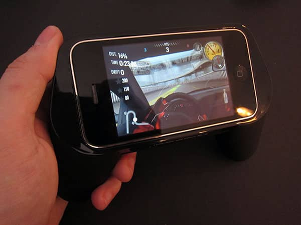 Review: Tunewear GameHandle for iPhone 3G/3GS + iPod touch
