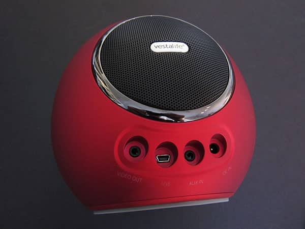 Review: Vestalife Firefly Speaker Dock for iPod + iPhone