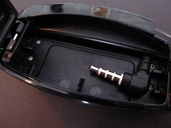 Preview: H2O Audio Interval Waterproof Headphone System for iPod shuffle 3G