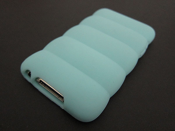 First Look: Incipio Pillow and Edge Cases for iPhone 3G/3GS + iPod touch