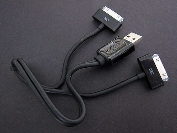 Review: CableJive duaLink Sync Splitter Cable for iPod + iPhone