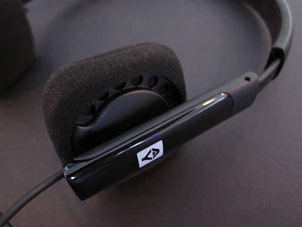 Review: JAYS v-JAYS Heavy Duty Bass Headphones