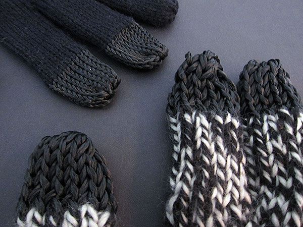 First Look: Dots Gloves D105 + D110 Gloves for iPhone + iPod touch